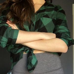 BDG Urban Outfitters Green Black Plaid Flannel